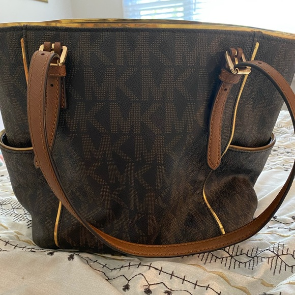 Michael Kors Handbags - Large Michael Kors bag